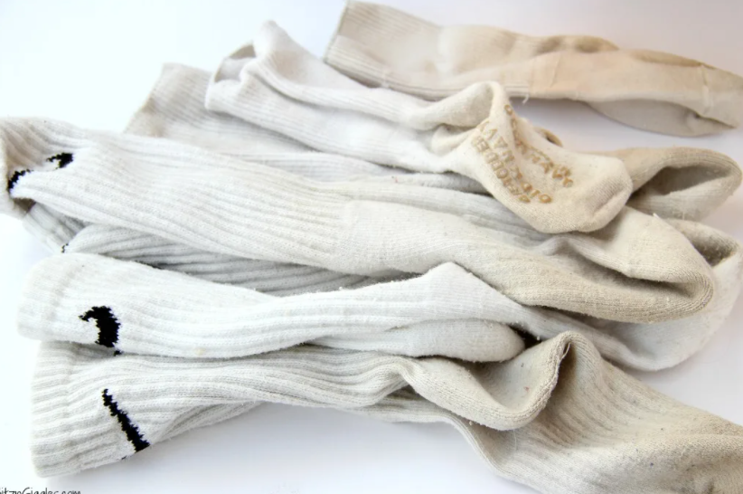 7 Tips How to Wash White Socks - Best Guide for You